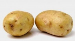 face pack with potatoes-for-removing-dead-cells-from-skin